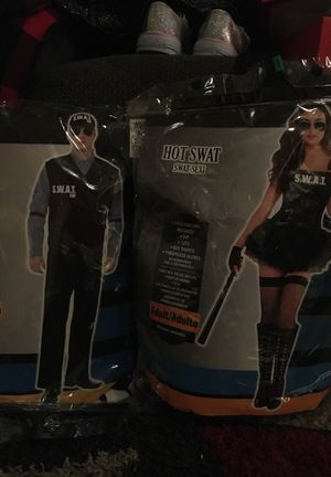 2 Halloween costumes girl / boy for Sale in Austin, TX