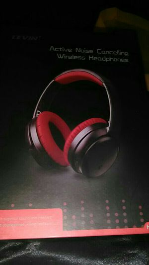 Levin Noise Canceling Wireless Bluetooth Headphones for Sale in Newark, OH