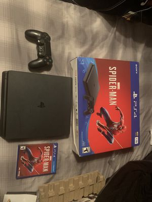 1tb Ps4 Slim Bundle for Sale in Reedley, CA