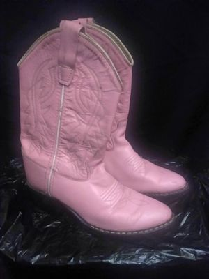 GIRL LEATHER BOOTS for Sale in Chula Vista, CA