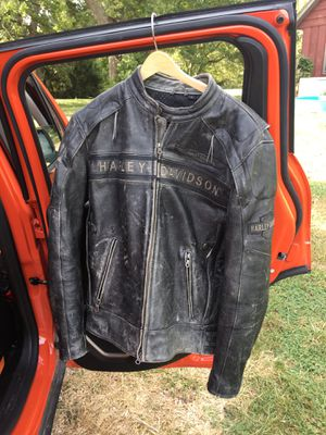 Men's Harley Davidson Passing Link Triple Vent Leather Jacket for Sale in Grove City, OH