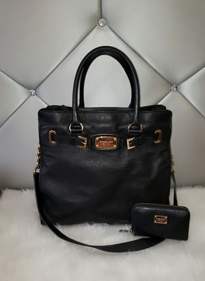 Michael Kors Black Hamilton With Wallet. for Sale in San Diego, CA
