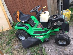 Riding lawn mower bad engine for Sale in Miami, FL