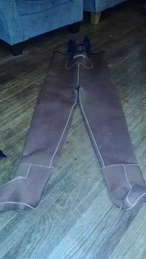 Hodgman Fishing Waders size Large with stockings for Sale in Vernon, CA