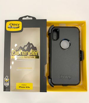 iPhone X & Xs OtterBox Defender Case with Belt Clip Holster. Black. for Sale in Norco, CA