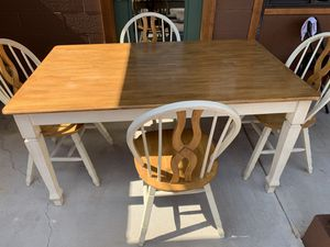 Nice table and chairs (4). for Sale in Payson, AZ