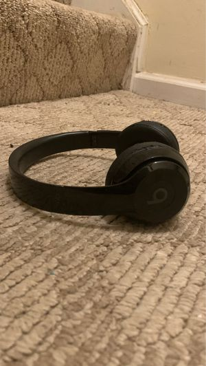 Beats solo wireless for Sale in Germantown, MD