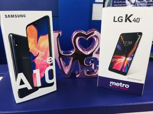 Free Samsung A10e or Lg K40 with a New Activation plus free screen protector or headphone. Only at Metro by T-Mobile 8828 S Cicero ave. for Sale in Oak Lawn, IL