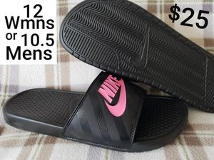 Nike house shoes - slides - flip flops - sandals  NEW for Sale in Inglewood, CA