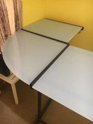 Desk for Sale in Raleigh, NC