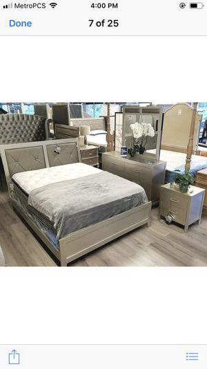 Brand new queen size bedroom set with mattress 699 for Sale in Hialeah, FL