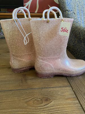 Rose gold Justice rain boots size 6 for Sale in Murrieta, CA