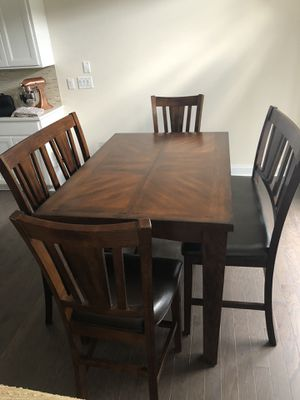 Expandable Wood Dining Table + Chairs for Sale in Mableton, GA