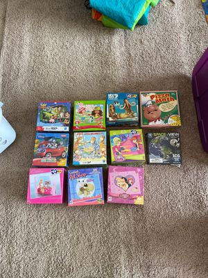 Mix of kids puzzles and a game for Sale in Phelan, CA