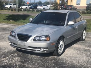 LOW MILES 2005 HYUNDAI ELENTRA for Sale in Clearwater, FL