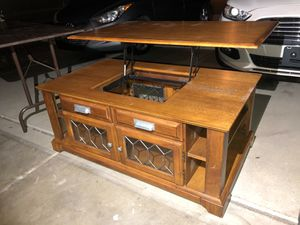 Coffee Table, Lift-top for Sale in Gilbert, AZ