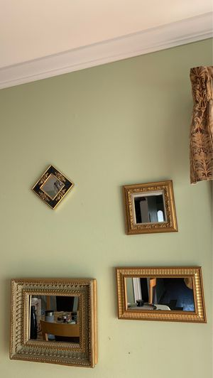 hanging wall mirrors/ mirror set for Sale in Holbrook, NY