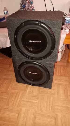 "2 12"" Pioneer subs 1200 watts each for Sale in North Las Vegas, NV"