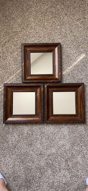 Wall accent mirrors for Sale in New Albany, OH