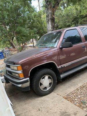 Chevrolet Suburban for Sale in Dallas, TX