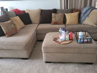 Ashley Furniture - Right Side Sectional With Ottoman ONLY $600!!! for Sale in Willingboro,  NJ