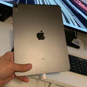 """iPad Pro 11"""" WiFi Only 64GB (Broken Screen) 3rd GEN for Sale in Dallas, TX"""