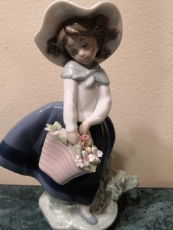 Lladro Figurine for Sale in Brooklyn, NY