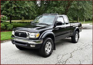 Xtracab SR5 2001 Toyota Tacoma Auto Speed 4WD for Sale in Andover, KS