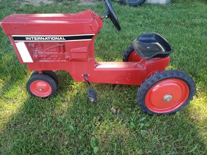 Mid 60's pedal tractor for Sale in Chambersburg, PA