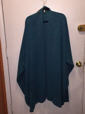 Vintage Teal Shawl scarf for Sale in Las Vegas, NV