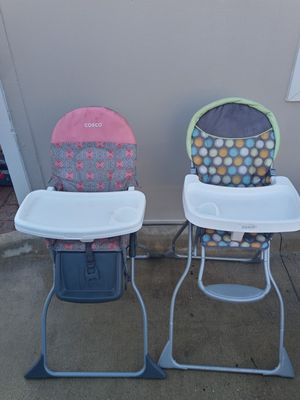 High chair for Sale in Dallas, TX