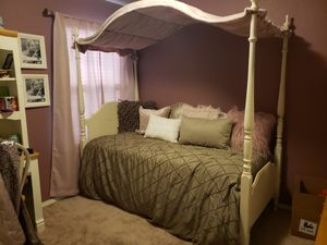 White Twin bed frame headboard canopy mattress box springs for Sale in Heath, TX
