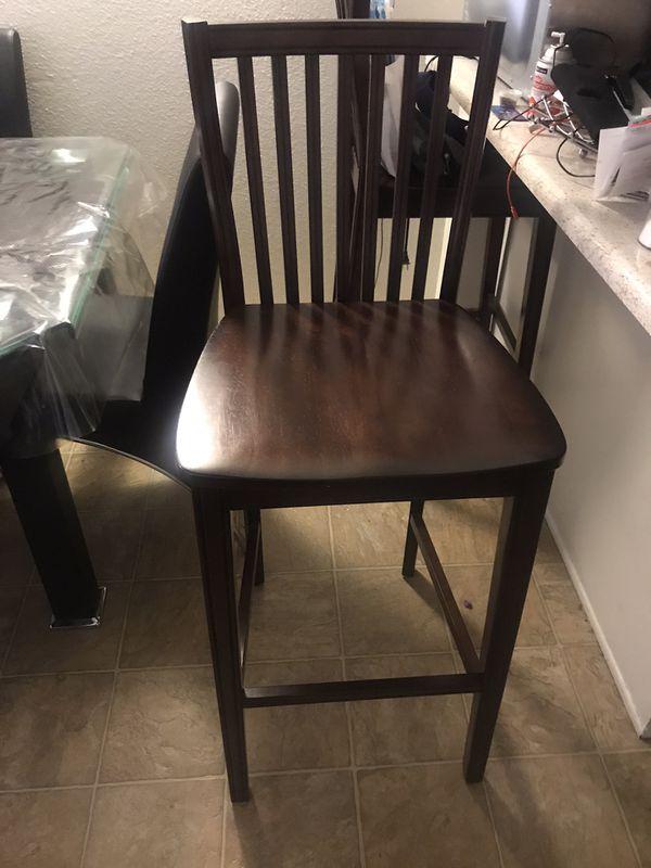 2 Tall bar chairs