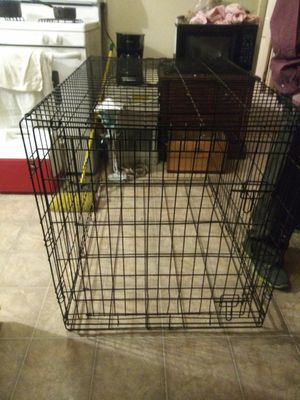 Lag wire dog crate for Sale in Wichita, KS