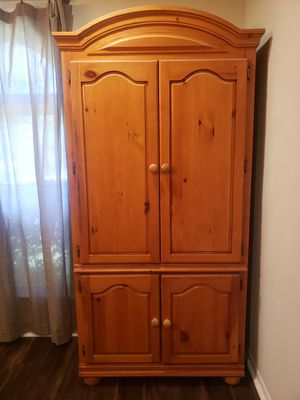 Armoire for Sale in Haltom City, TX