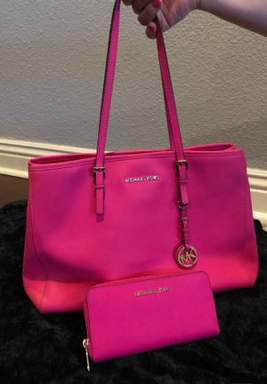 Michael Kors Hot Pink for Sale in Long Beach, CA