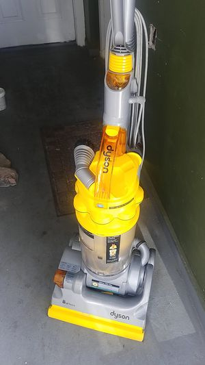 Dyson vacuum for Sale in Cicero, IL