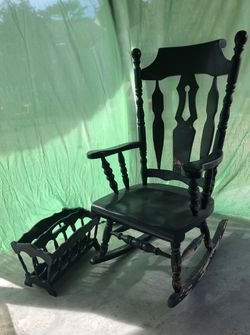 Rocking Chair and Magazine Rack for Sale in Anaheim,  CA