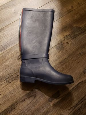Womens rain boots size 9 red zipper for Sale in Washougal, WA