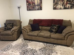 Couch and Recliner Chair for Sale in Oregon City, OR