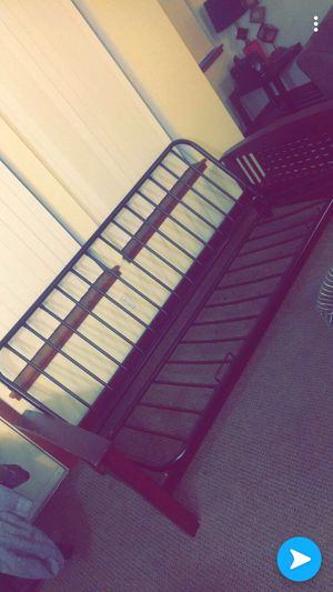 (FREE) Good condition futon w mattress.. need gone ASAP for Sale in Portland, OR