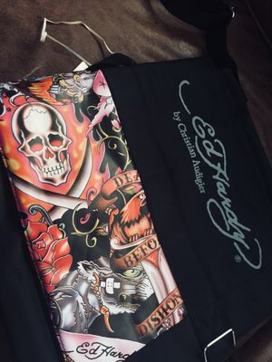 UNUSED AUTHENTIC ED HARDY MESSENGER BAG 💼 for Sale in Fresno, CA