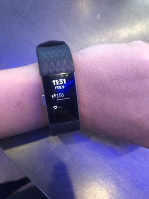 Fitbit Charge HR 2 for Sale in Phoenix, AZ