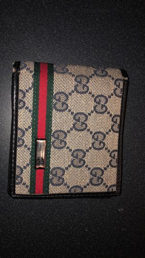 Mens Gucci wallet for Sale in Aurora, CO