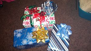 Let me wrap your gifts for Sale in Federal Way, WA