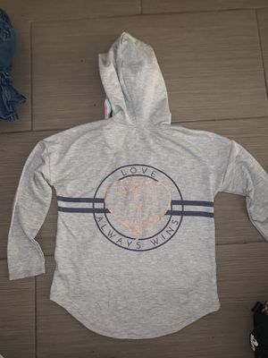 Justice hoodie size small 7-8yrs for Sale in Indio, CA