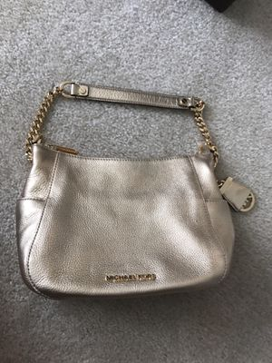 Gold Michael Kors purse for Sale in Fairfax, VA