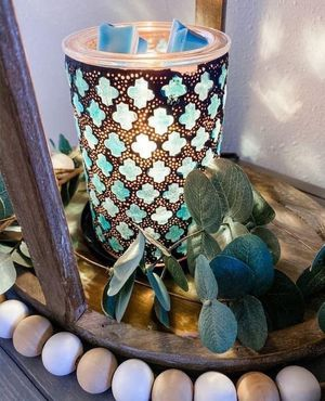 Scentsy Warmer and More for Sale in Davenport, FL