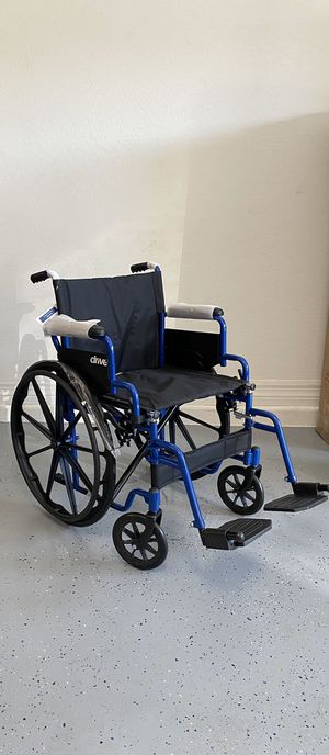 Drive Medical Wheelchair 20 inch wide- BRAND NEW for Sale in Peoria, AZ