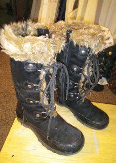 Girls Boots Size 1 for Sale in Bakersfield, CA